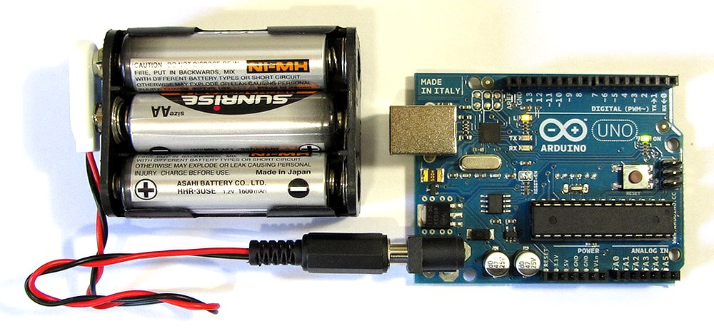 Battery Powering Arduino Uno